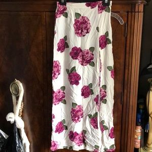 F21 floral Maxi skirt with slit